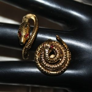 VTG GOLD PLATE CABLE RED SNAKE RING BROOCH MS4